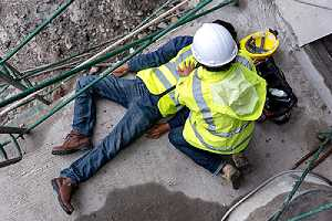 Builder accident falls scaffolding on floor. There are construction safety requirements in Nevada